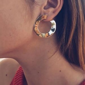 Jewelry - 🆕 Geometric circle earrings